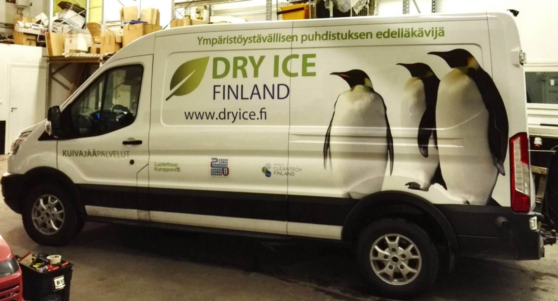 Dry ice autoteippaus